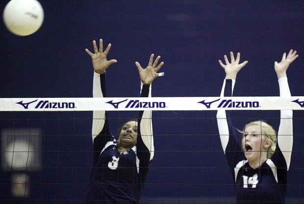 High school girls volleyball: Nighthawks return to semifinals