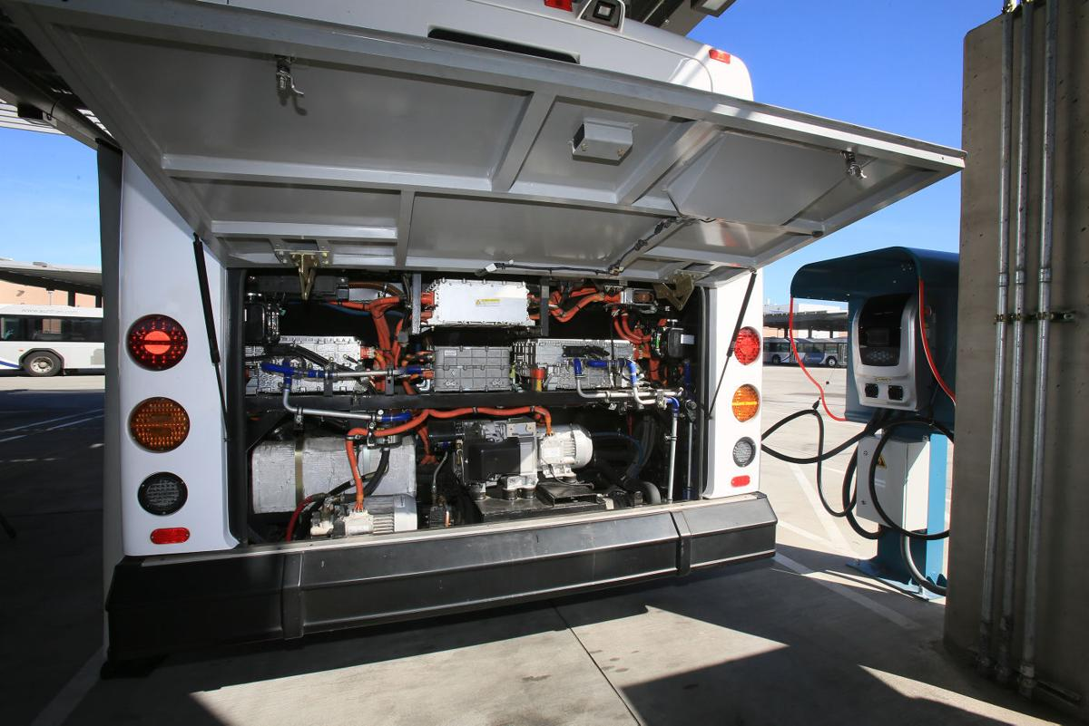 An Electric Bus Uses Direct Drive Motors Mounted Behind The Two Rear Wheels And About 60 Battery Modules Disbursed Throughout