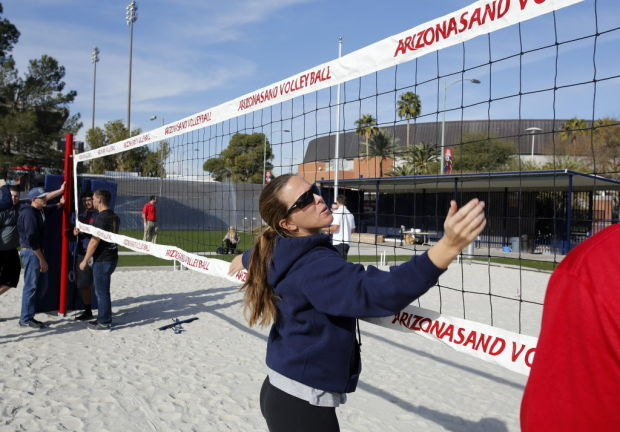 010914-spt-sand volleyball-p1