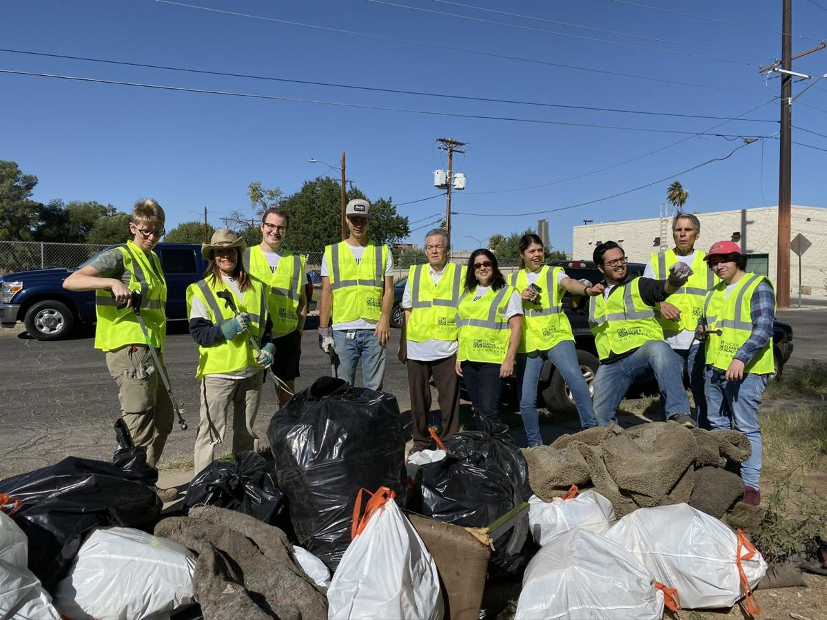 Days of Caring attracts 3,800 volunteers who complete 135 projects