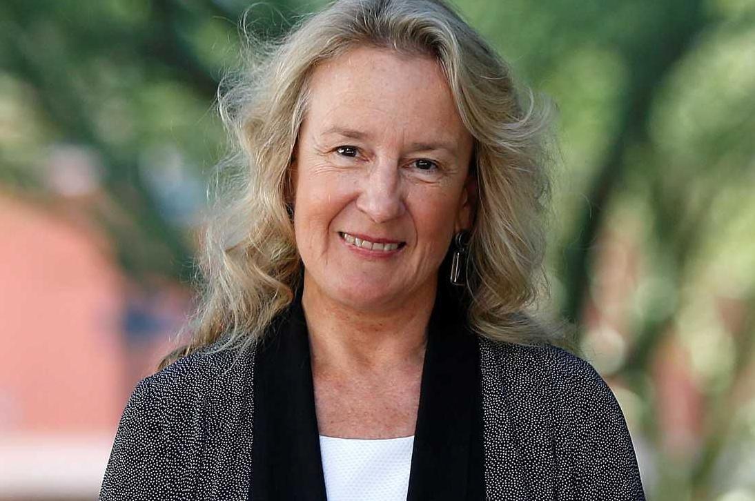 Carol Barnes