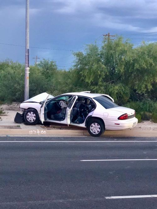 mother 2 children injured in serious car crash on valencia road