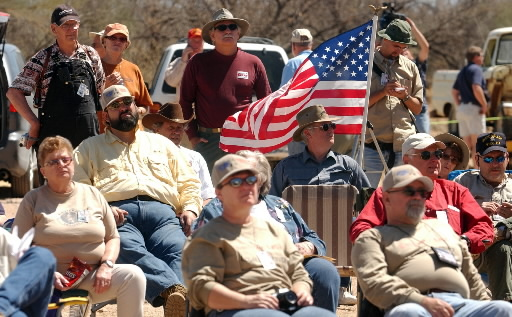 Border Boletín: Minuteman Corps splinters for the last time