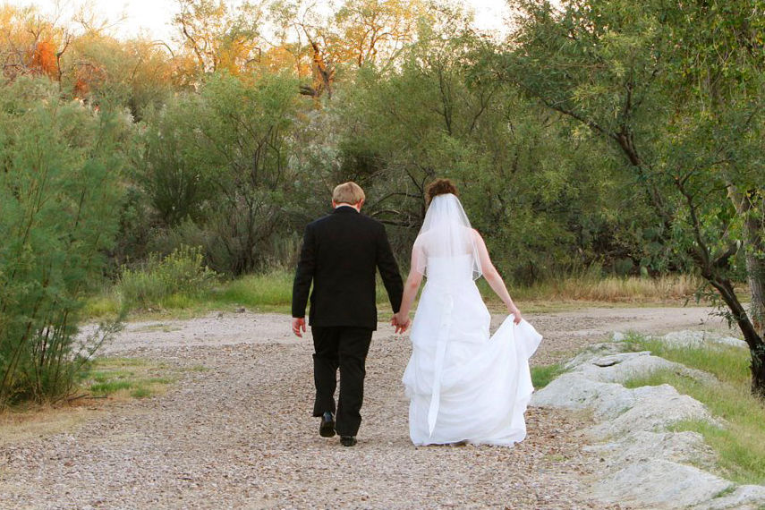 Tucson Wedding Guide Wedding couple