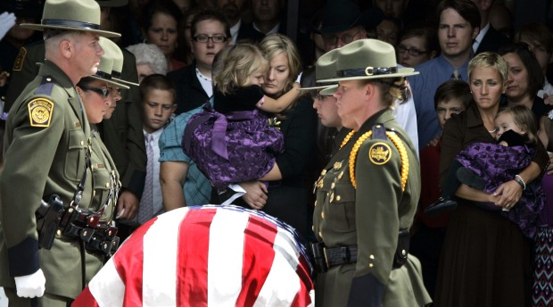 Hundreds gather in Sierra Vista for border agent's funeral