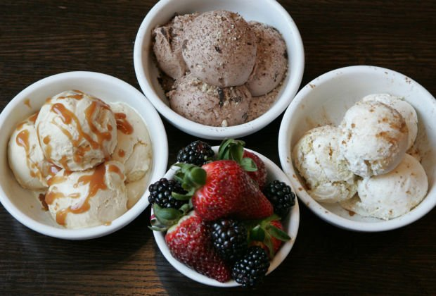 100 DAYS OF SUMMER: ice cream celebration in July