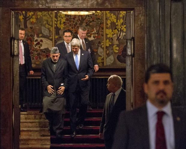 Kerry, Karzai profess harmony after Kabul meeting