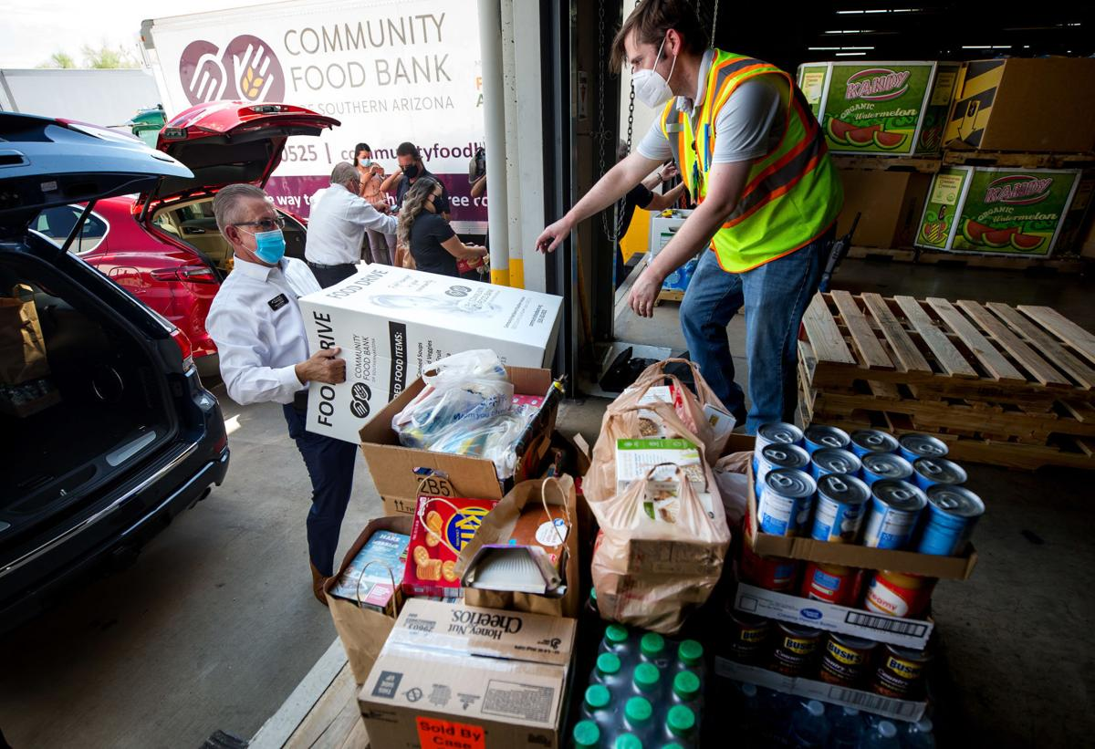 080620-biz-food donation-p1.JPG