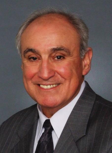 Roy Flores