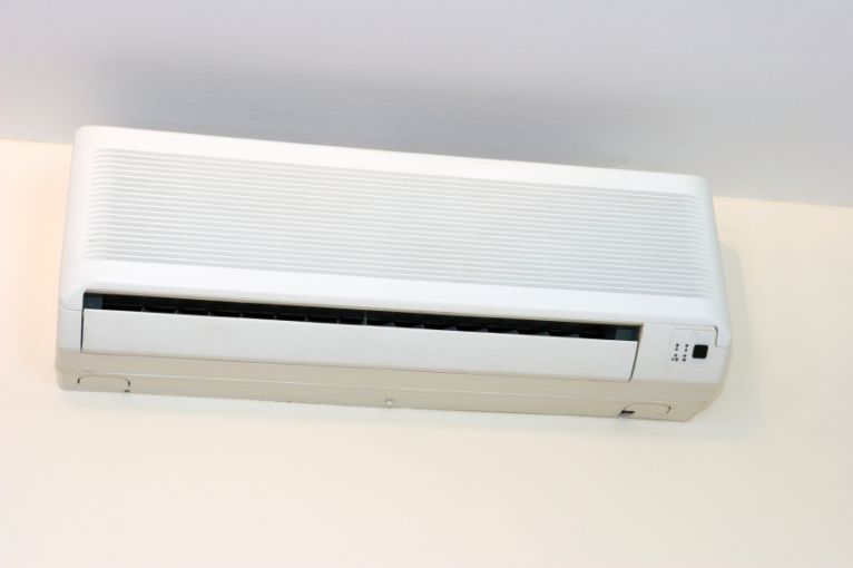 How many rooms can a mini-split AC handle?