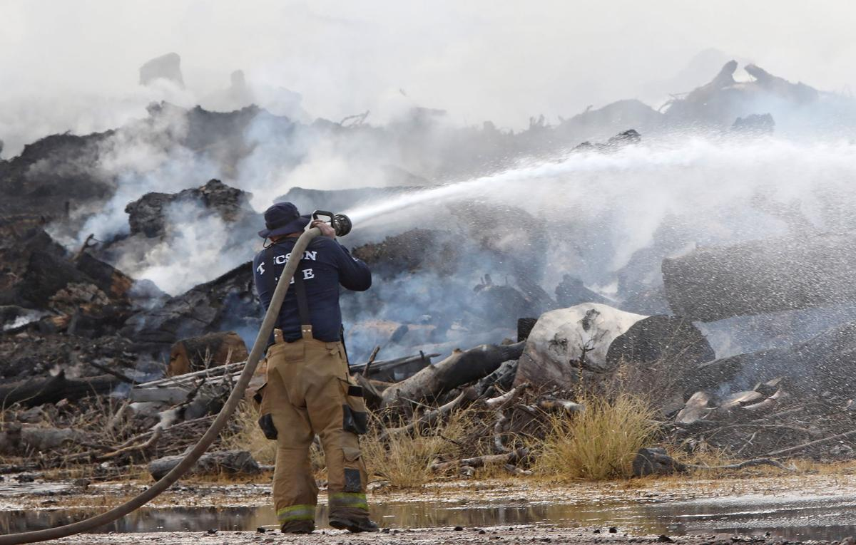 Fire burning at Tucson landfill sends smoke across the city