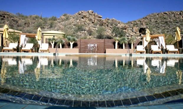 Ritz-Carlton Dove Mountain pool