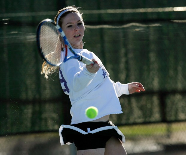 GIRLS TENNIS: Rincon junior dedicated to reaching state championship match