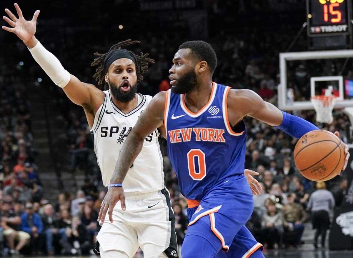 Knicks Spurs Basketball
