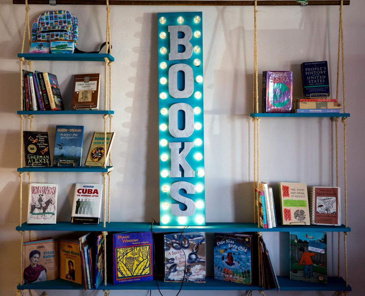 Barrio Books (LE)