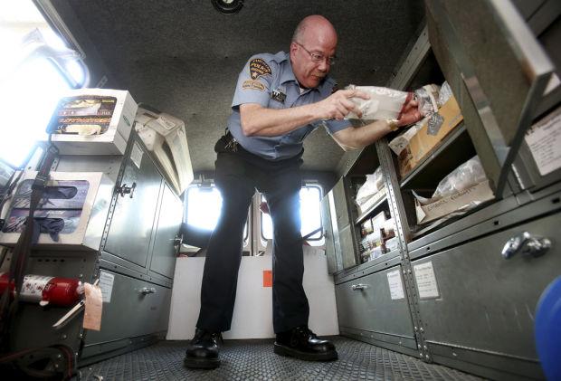 Tucson police seek a few unafraid of 'dirty work'