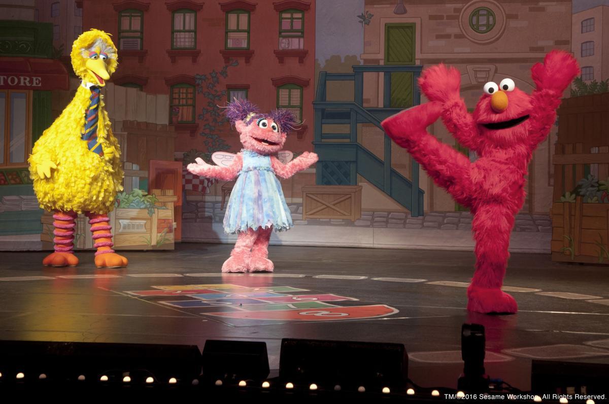 Elmo's bright idea