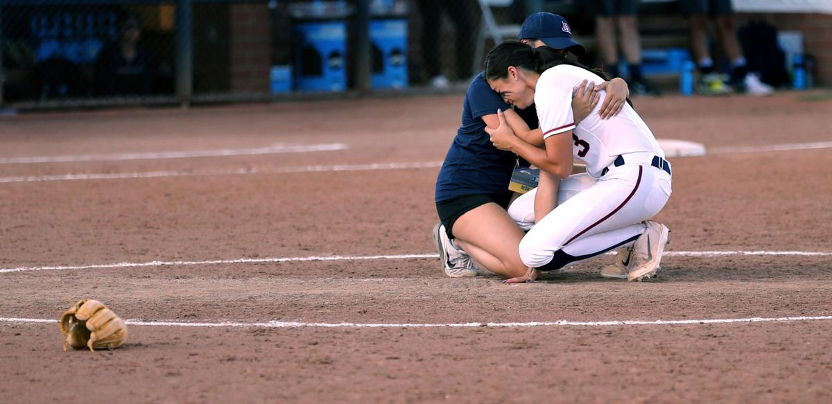Best Arizona softball photos