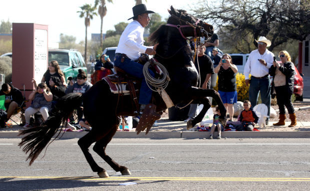 The Old West Rises With The Rodeo Parade Entertainment