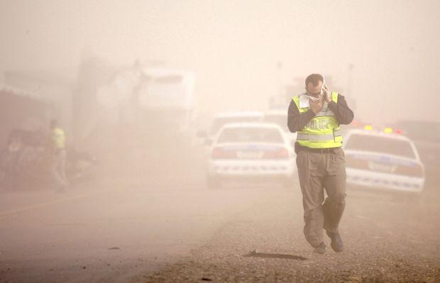 AZ raises the ante vs. dust menace