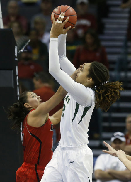 Women's NCAA tournament: Louisville does the impossible, stops No. 1 Baylor, Griner