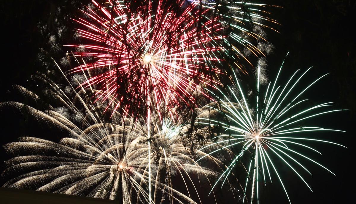 070416-news-fireworks-p6