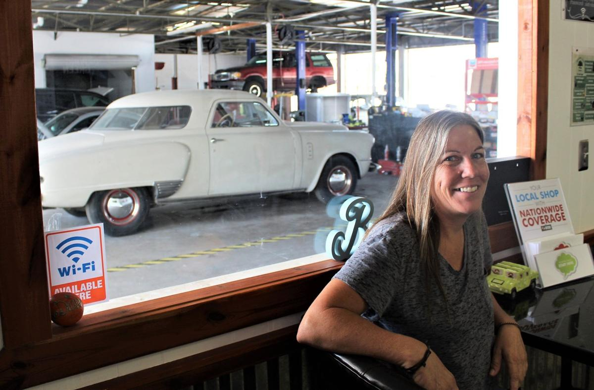 The Women Behind This New Tucson Auto Shop Want You To Breathe Easy - Classic car shop