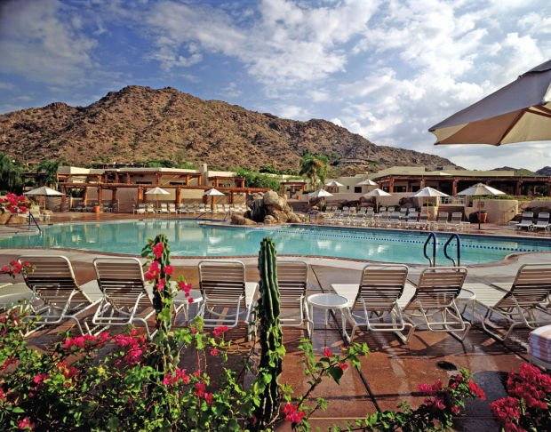 Deals abound in Phx. area's summer heat