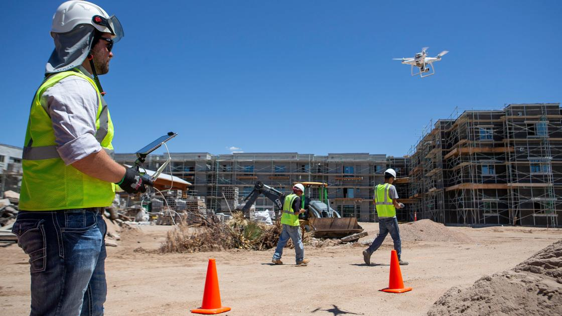 Robots and drones are clocking in on construction sites