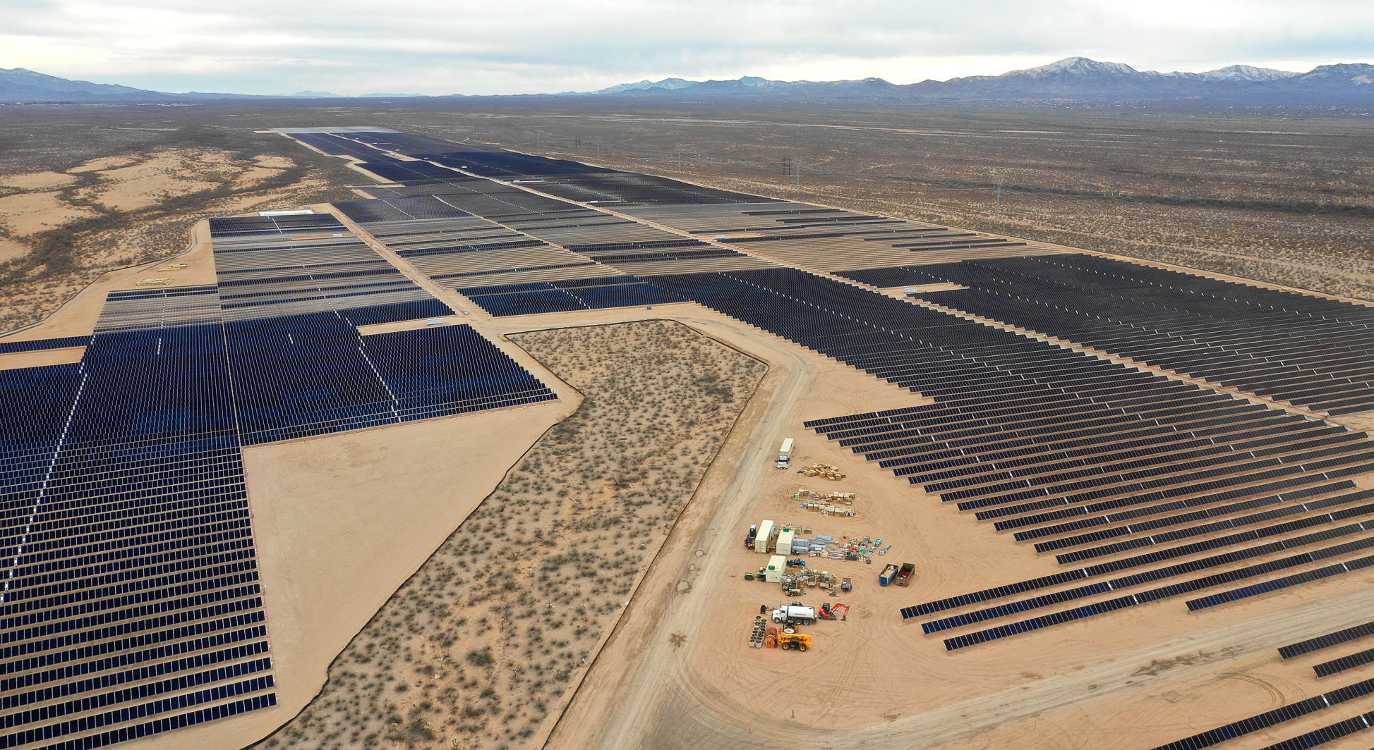 tucson.com - By Howard Fischer Capitol Media Services - Arizona lawmakers move to strip commission from mandating use of renewable energy