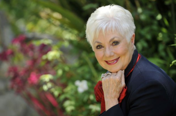 Shirley Jones bares all in autobiography