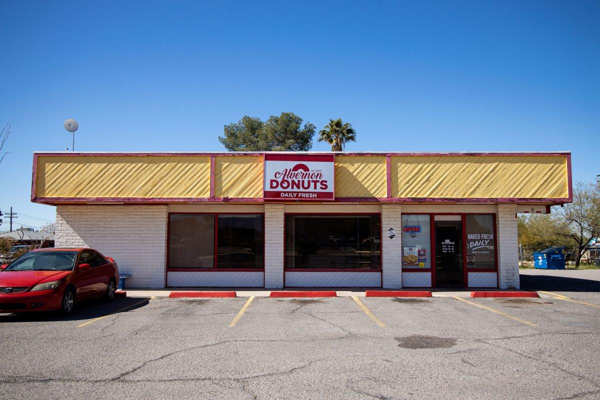Alvernon Donuts