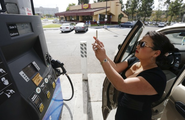 Record gas prices spur California to tap 'winter' blend