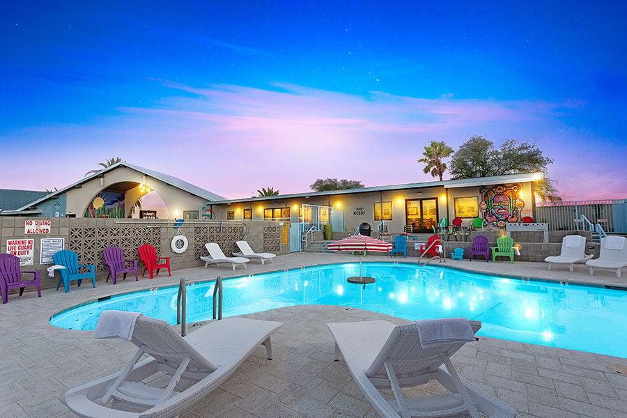 Hotel McCoy Pool