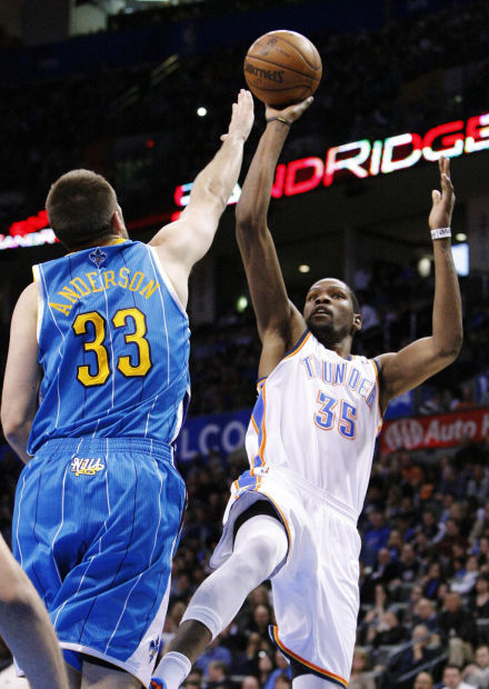 NBA: Durant's triple-double leads Thunder to win