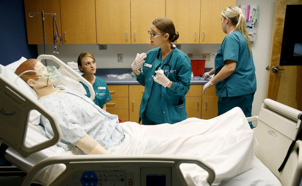 First jobs tougher to come by for new nurses in Arizona