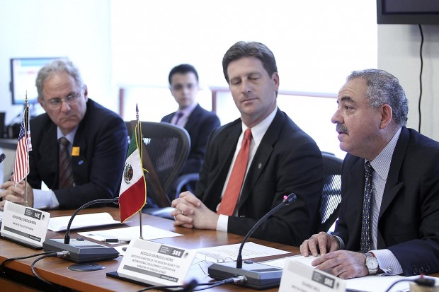Booming economy overshadowed by Mexico's violence