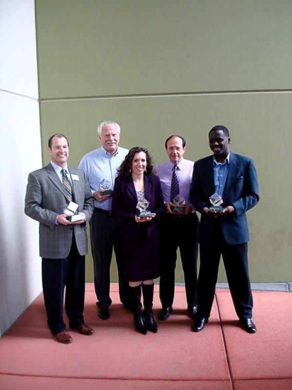 Marana chamber awards to 5
