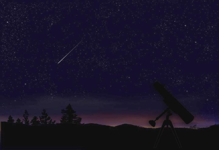 meteorite in sky