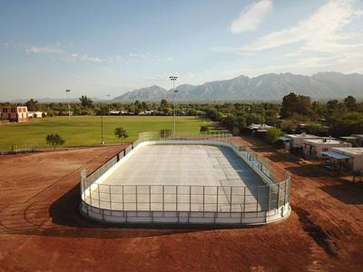 Tucson Roadrunners unveil hockey rink at Doolen Middle