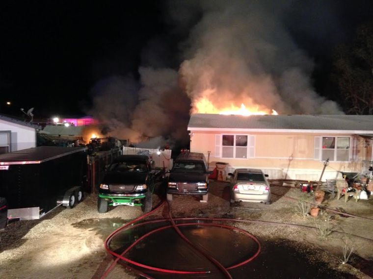 Late night fire destroys 2 mobile home in northwest