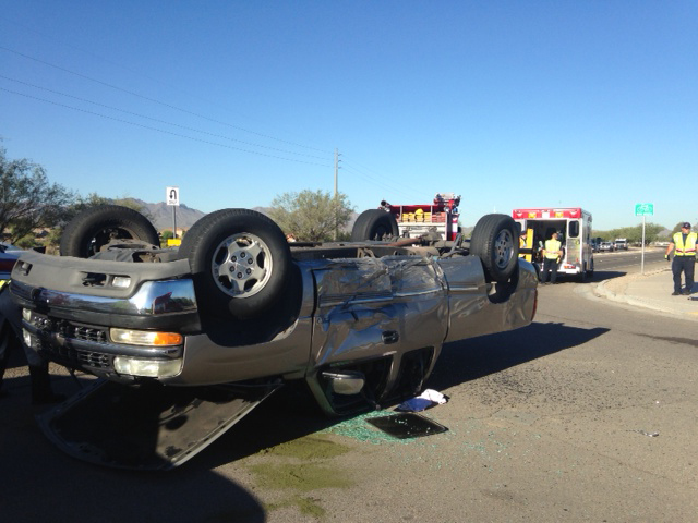 Rollover closes westbound river road