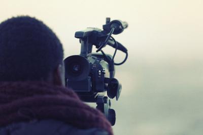 videographer-698667_1280.jpg