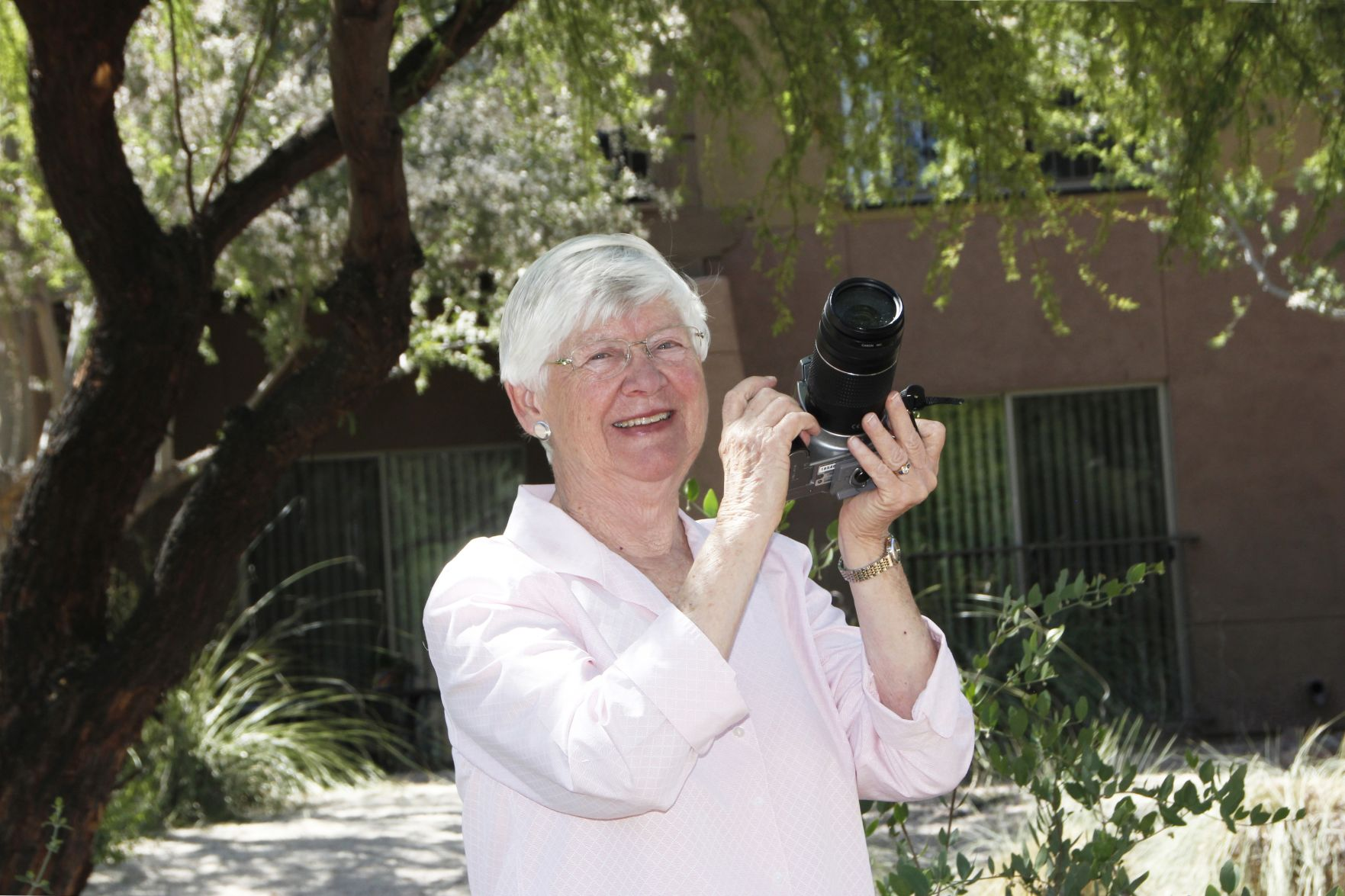 Aging Well: Splendido Resident Blends Photography Skills with a Lifelong Love of Nature | Tucson Local Media
