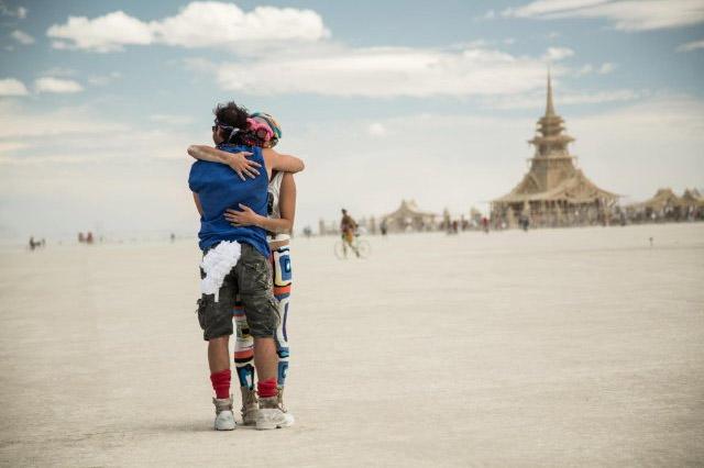 Review: Spark: A Burning Man Story – Explains the unexplainable