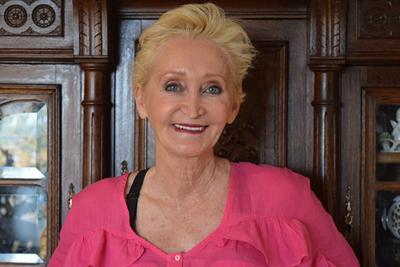 Nadia Larsen