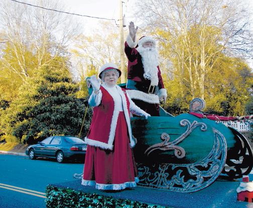 11-30 Christmas parade_file_1.jpg