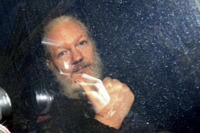 APTOPIX Britain Wikileaks Assange Arrested
