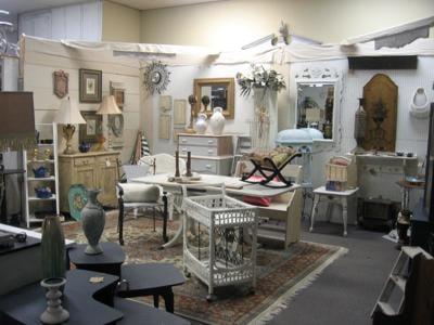 Ian Henderson's Antique Mall