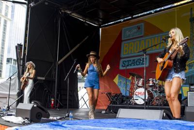 CMA Fest: The Adelaides